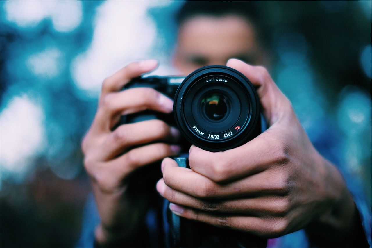 photographer-698908_1280